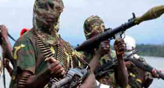 Soldier killed as kidnappers abduct two foreigners