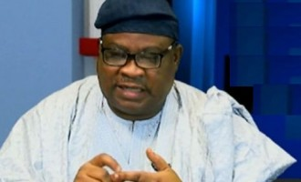 Ekiti 2022: Fayose's Core Loyalist, Aluko, Others Dump PDP for APC