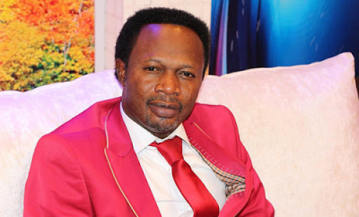 Celebrity Pastor, Iginla gives out 16 SUVs, millions of naira to celebrate birthday