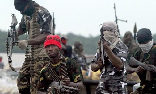 Nigerian Army arrests 10 suspected members of Niger Delta Avengers