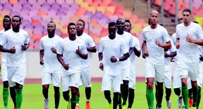 Algeria plan counter-attacks against Eagles