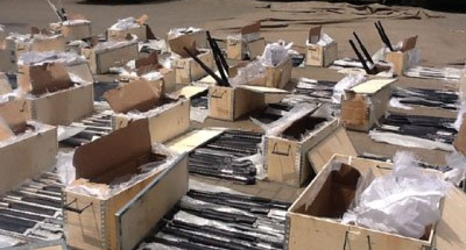 Customs seizes 661 pump action guns, Clearing agent detained