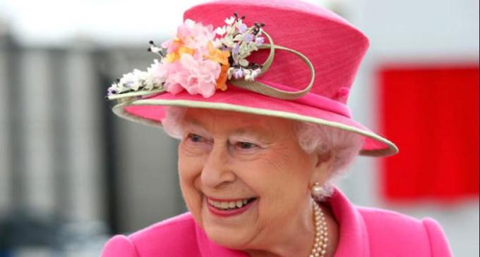 British Queen Elizabeth prefers William as successor