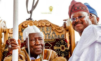 Removal threat: Olubadan says high chiefs are year-end entertainers