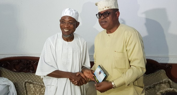 PICTURES FROM CONDOLENCE VISIT PAID TO HIS EXCELLENCY, GOVERNOR RAUF AREGBESOLA BY SENATOR GBENGA ASHAFA