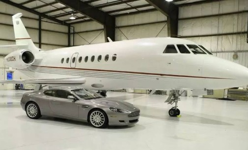 PASTOR CHRIS OYAKHILOME GIFTED A BRAND NEW PRIVATE JET