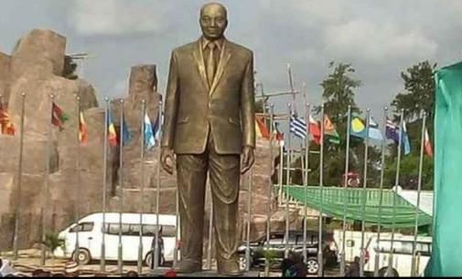 We won't pull down Zuma's statue, Okorocha vows