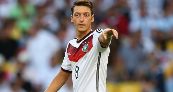 Germany boss admits mistakes over Ozil at World Cup