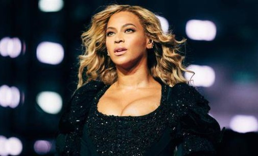 Beyonce reveals how she embraced 'fuller curves' after twins' birth