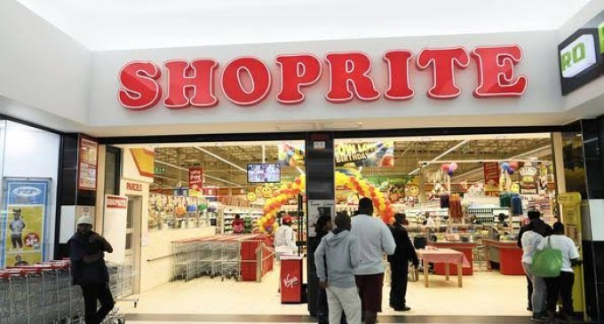 Angry Youths Invade Shoprite in Lagos Over Xenophobic Attacks in South Africa (VIDEO)