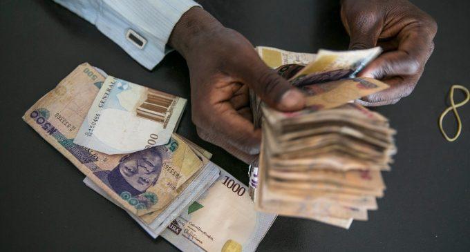 Naira Sinks to 620 Against Pound, Euro Rises
